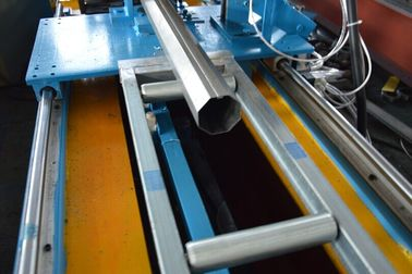 China Cassette Type Galvanized Steel Hydraulic Punching Octagon Pipe Roll Forming Machine  Size Quick Changeable supplier
