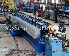 China Fly Saw Cutting Rectangle Welding Tube Roll Forming Machine with Punching Press Machine supplier