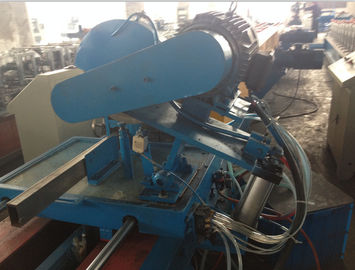 China Rain Spout PLC Control Downspout Pipe Roll Forming Machine With Single Chain Drive supplier