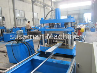 China Galvanized steel automatic C type purlin roll forming machine width adjustable supplier