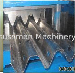 China Material thickness 2 to 4mm guard railway roll forming machine 13 forming stations supplier