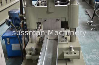 China 45# Forge Steel K Style Gutter Roll Forming Machine by Chain 18 Roller Stations supplier