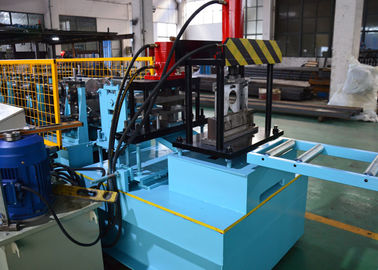 China Automatic Change Size CZ Purlin Roll Forming Machine For Making Steel Frame House supplier