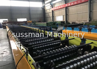 China Steel Sheet Floor Deck Tile Roll Forming Machine / Metal Deck Roll Forming Machine supplier