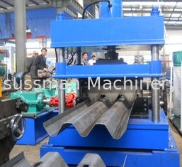 China 22Kw 50Hz Guardrail Roll Forming Machine 300mm Width 10 - 20 m / min Speed supplier