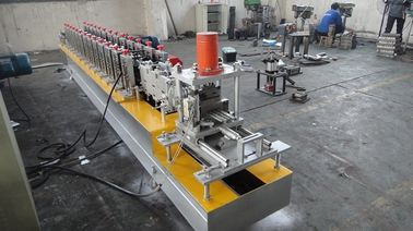 China Automatic 4Kw 12 Roller Stations 1.2 Inch Steel Roll Forming Machine with Two Output Table factory