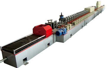 China Fly Saw Cutting HRC58-62 11Kw Main Power PU Shutter Door Roll Forming Machine 380V 50HZ factory