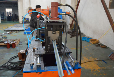 China Chain driving system  Zed Z purling roller making machine 18 roller stations cold steel factory
