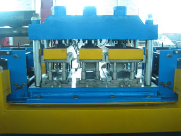 China Gear Box Driving Mental Door Frame Roll Forming Machine 20 Roll Forming Stations factory