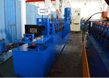 China Gcr15 Steel Roller Upright Angle Roll Forming Machine Chain Driven factory