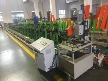 China 1.5-2.5mm thickness Gear Box Driving Solar Strut channnel Roll Forming Machine with 3-4 profiles factory