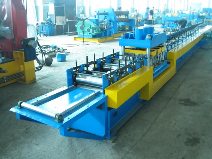 8000mm X 800mm X 800mm Door Frame Roll Forming Machine 5 Tons 4Kw Hydraulic Cutting