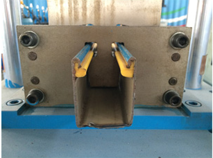 Colored Steel Stud And Track Roll Forming Machine 7.5 kw 45# steel roller