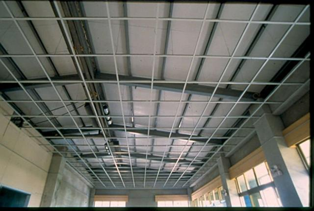 Aluminum Ceiling Tee Bar Roll Forming Equipment For Steel Ceiling T Grid Carrier