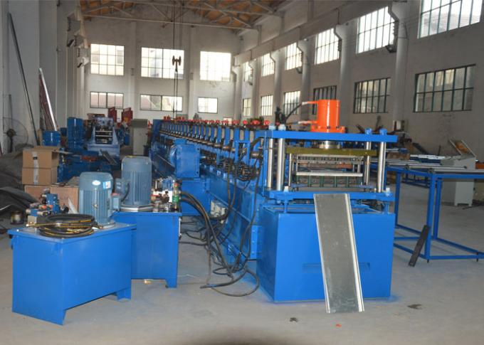 GCr15 Steel Shelving Rack Roll Forming Machine 200-600mm Width Adjustable