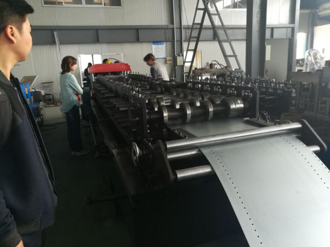 11KW 0.8-1.5mm Galvanized Steel Guide Rail Roll Forming Machine 22 Stations