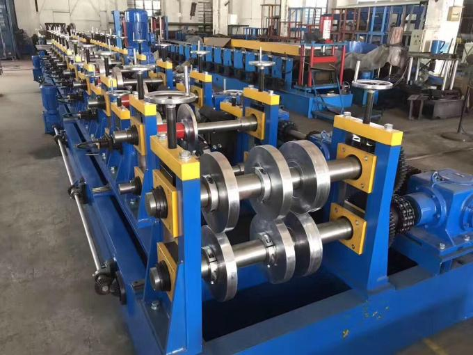 16-18 Stations CZ Purlin Roll Forming Machine with Hydraulic Cutting and Punching