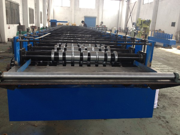 440V 60HZ Customized Deck Floor Roll Forming Machine All - Round Service