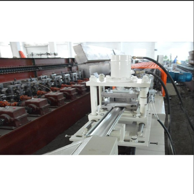 8-15 M / Min 36 Stands PU Foamed Rolling Shutter Machine 0.5- 0.7mm Thick Can Adjusted