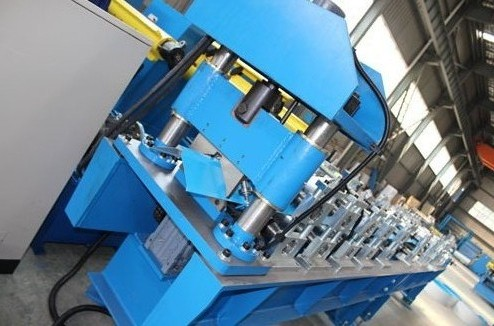 Roof Ridge Cap Roller Making Machine Single Chain 7.5Kw Standing Seam Roll Former