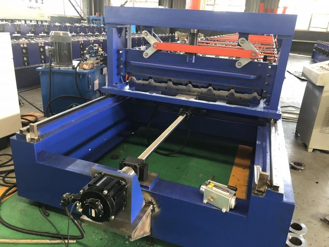 Durable PPGI Color Steel Metal Roofing Machine With Servo Following Cutting