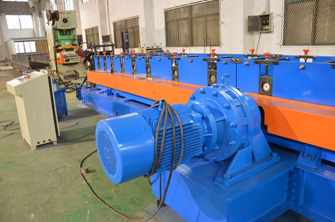 Gear Box Storage Upright Rack Roll Forming Machine , Metal Roll Forming Machine