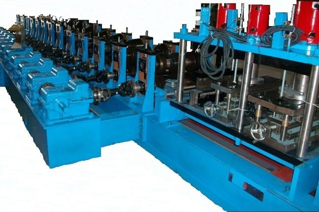 Metal Customize 3-4mm Strut High speed Guard rail Roll Forming Machine With Gear Box Device